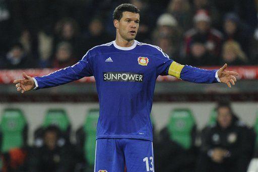 Ballack se iría del Leverkusen, según Voeller