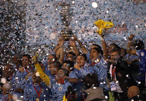 América: Uruguay fue garra, fuerza y corazón