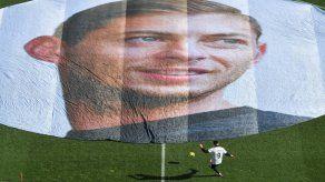 El Nantes rinde un último homenaje a Sala