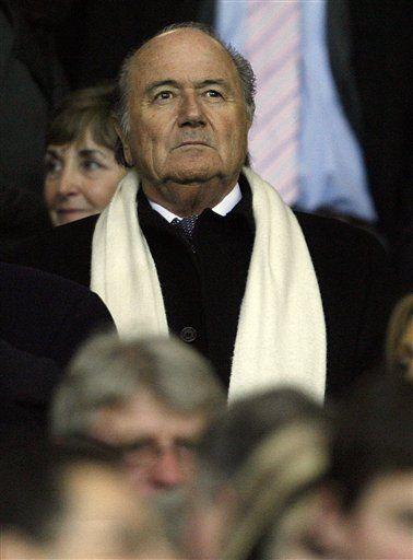 Blatter: el fútbol enfrenta tsunami financiero