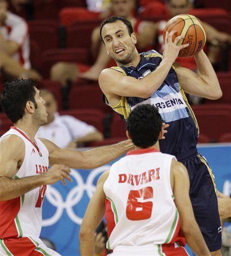 Ginóbili guía Argentina a tercer triunfo seguido
