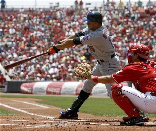 MLB: Mets 7, Rojos 5, 10 innings; error de Encarnación