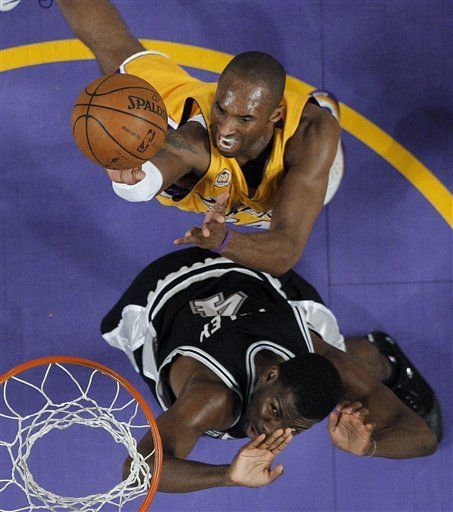 Spurs esperan vencer a Lakers en casa y reducir déficit
