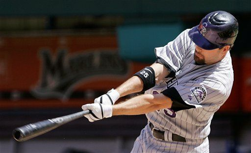 MLB: Rockies 3, Marlins 2; Smith remolca carrera decisiva