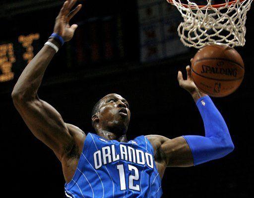 NBA: Magic 106, Bucks 80; Howard encabeza a Orlando