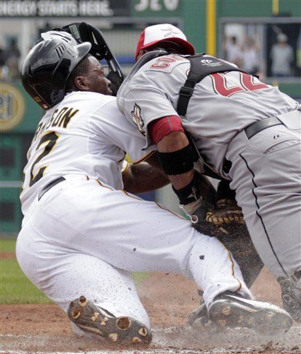 MLB: Piratas 5, Astros 3; Pittsburgh conecta 14 hits