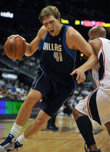 NBA: Hawks 95, Mavericks 87; Johnson anota 24
