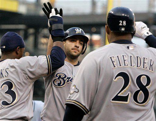 MLB: Cerveceros 3, Piratas 1; jonrón de Braun