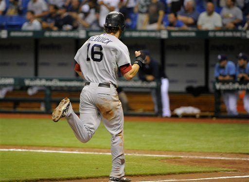 MLB: Medias Rojas 1, Rays 0; 16 innings; Pedroia impulsa en 16ta