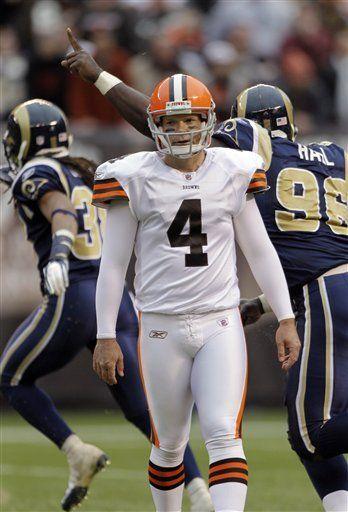 NFL; Rams 13, Browns 12; Dawson falla patada decisiva