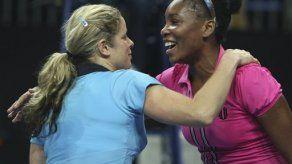 Clijsters vence a Williams en exhibición de tenis