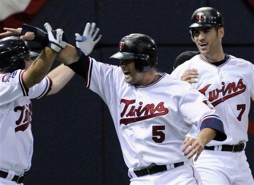 MLB: Mellizos 5, Reales 4; Cuddyer da triunfo con jonrón