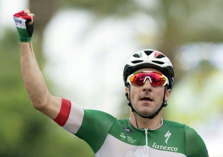 Viviani gana al esprint la tercera etapa de la Vuelta, Kwiatkowski sigue líder