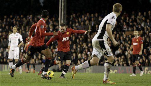 Manchester United aplasta 5-0 a Fulham y opaca al City