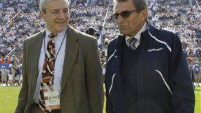 Penn State despide a Paterno y a presidente de universidad