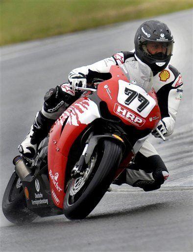Schumacher largará en la última fila en carrera de motos