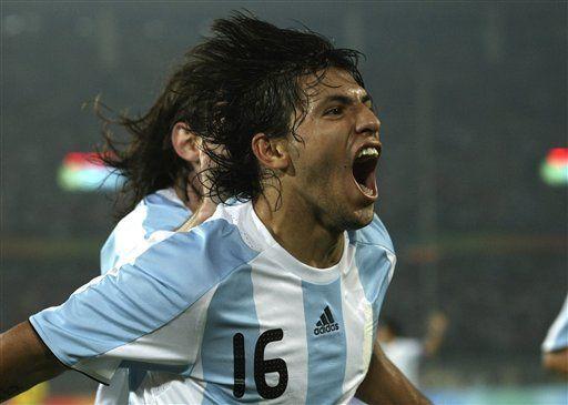 Argentina espera que Agüero siga reconciliado con el gol
