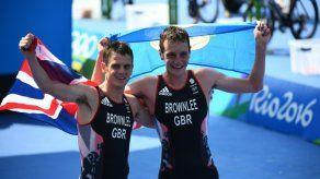El británico Alistair Brownlee revalida el oro en triatlón en Rio-2016