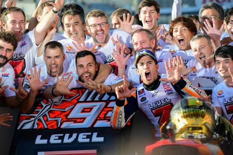 Márquez gana en Japón y obtiene su quinto titulo mundial en MotoGP