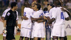 Mundial: Honduras tranquila tras vencer a El Salvador
