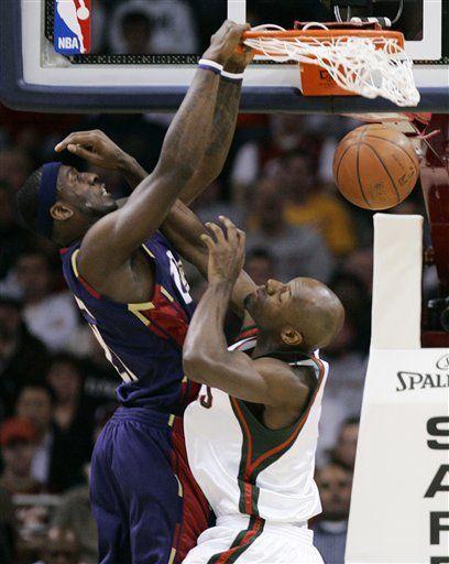 NBA: Cavaliers 91, Bucks 73; Cleveland va a playoffs