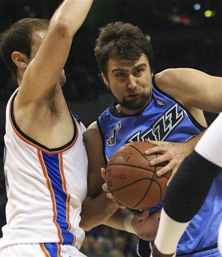 NBA: Jazz 101, Thunder 94; Utah supera falta de Okur