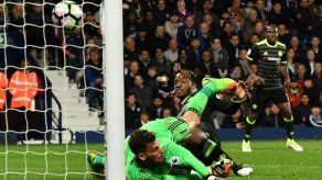 Chelsea gana 1-0 de visita al West Bromwich y conquista la liga inglesa