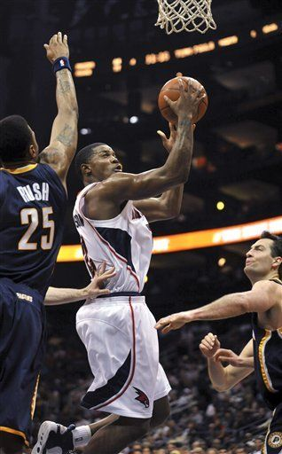 NBA: Hawks 101, Pacers 87; Johnson anota 30