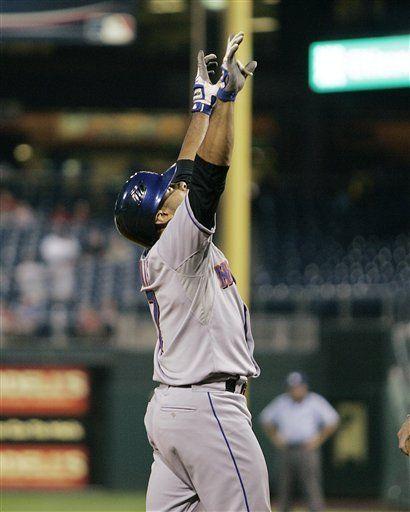MLB: Mets 4, Filis 2, 12 innings; decide cuadrangular de Tatis