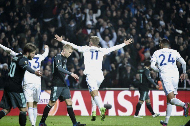 El United empata en Rusia y el Ájax cae en Copenhague