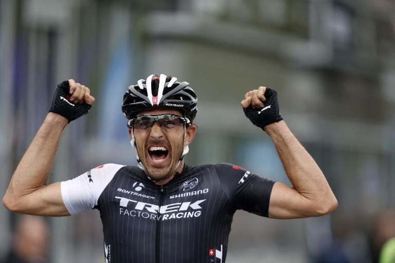 El suizo Cancellara gana por tercera vez la Vuelta a Flandes