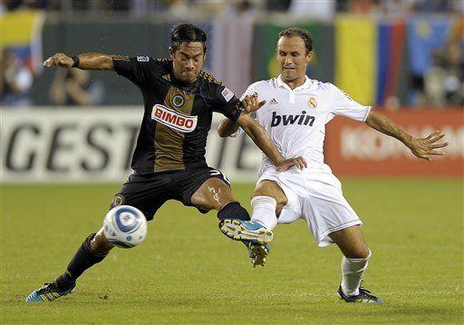Real Madrid vence 2-1 al Unión con goles de Callejón y Ozil