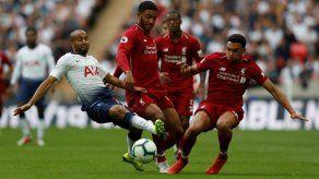 El invicto Liverpool gana al Tottenham y asesta golpe de autoridad