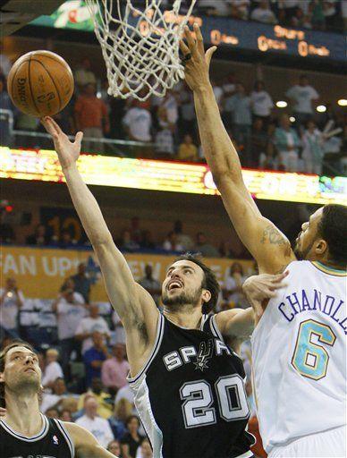 NBA: Ginóbili hace 26 puntos y Spurs eliminan a Hornets