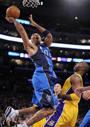 NBA: Mavericks 94, Lakers 80; Nowitzki anota 21
