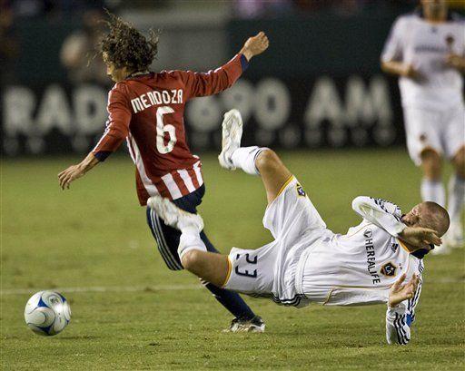 MLS: Galaxy empata 2-2 a Chivas con gol de Gordon