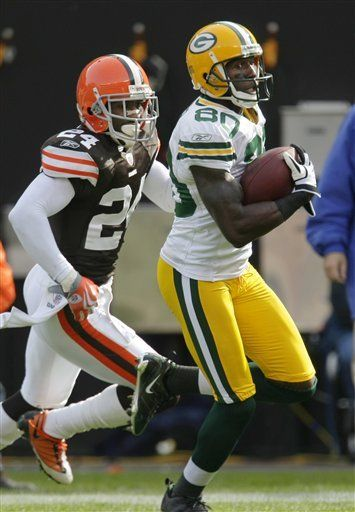 NFL: Packers 31, Browns 3; Rodgers lanza tres pases de touchdown