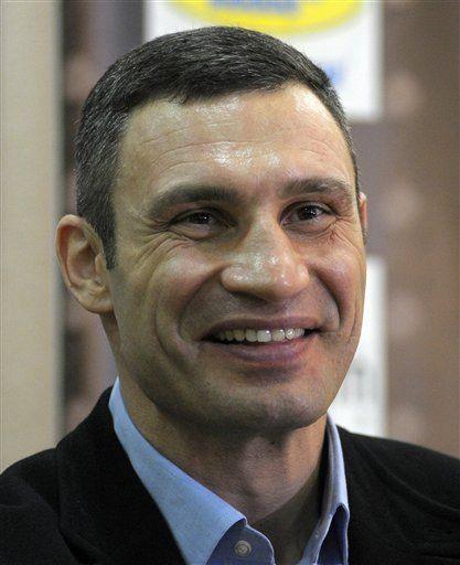 Vitali Klitschko defenderá corona del Consejo ante Chisora