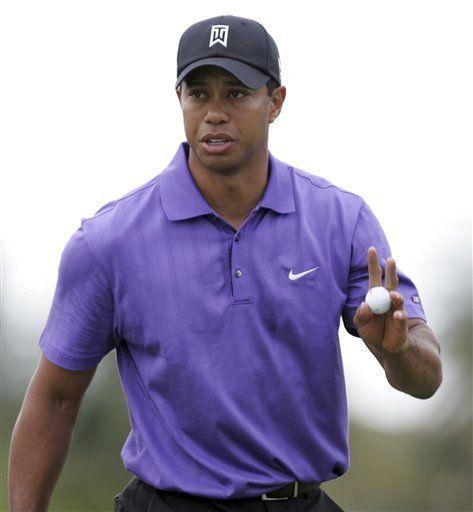 Tiger Woods regresa al Doral, pero marcha lejos del liderato