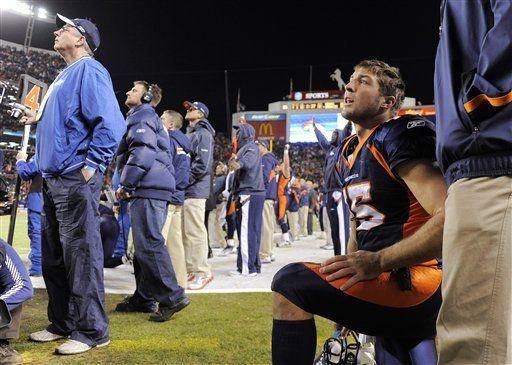 NFL: Broncos aún no piensan en Tebow a largo plazo