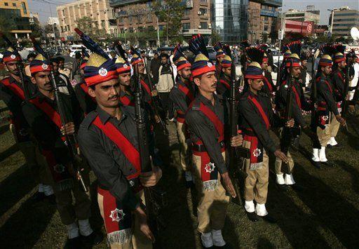 Líder de la oposición: la seguridad en Pakistán se ha desmoronado