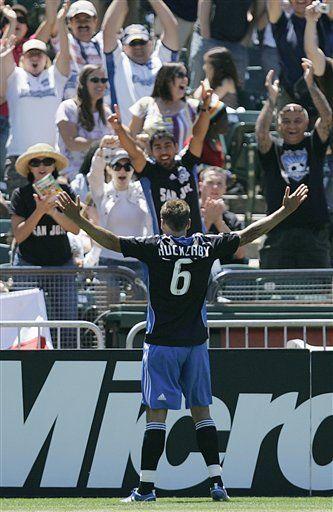 MLS: Earthquakes 3, Galaxy 2; San José sale de mala racha