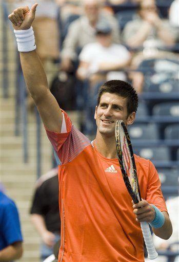 Djokovic avanza en Toronto; Roddick y Acasuso eliminados