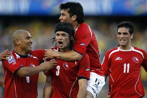 Mundial: Chile se clasifica y elimina a Colombia