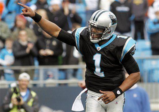 NFL: Panthers 48, Bucs 16; Newton rompe récord de Manning