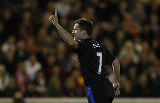 Man U y Tottenham ganan en Copa de Liga