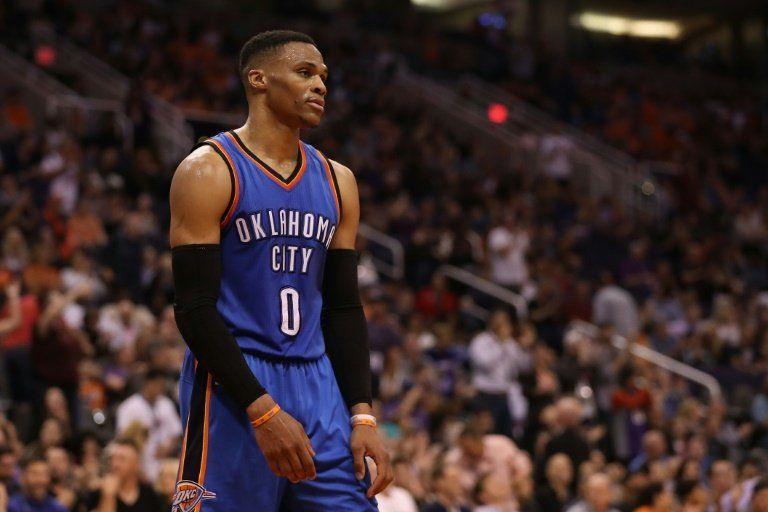 Westbrook impone su récord de triple-dobles en la NBA