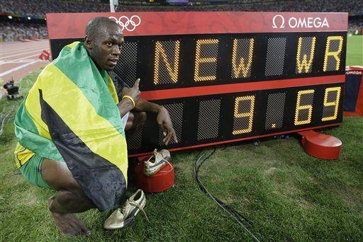 Un Bolt fabuloso sale de diversión y marca récord mundial