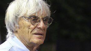 Corte posterga decisión de juicio a Ecclestone