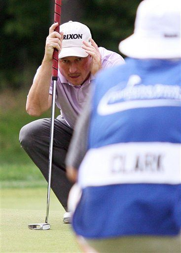 Clark toma la ventaja en el golf de Norton